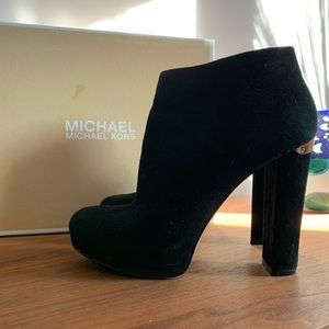 Michael Kors Haven Bootie Black Suede Size 7.5